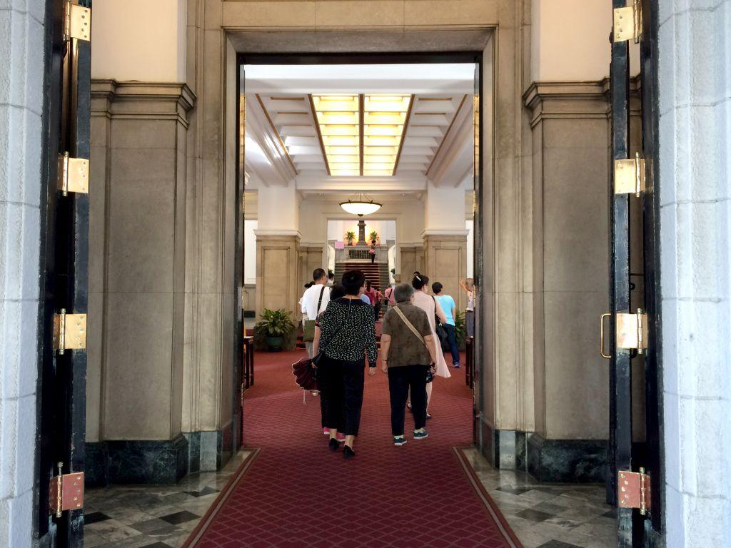 総統府玄関