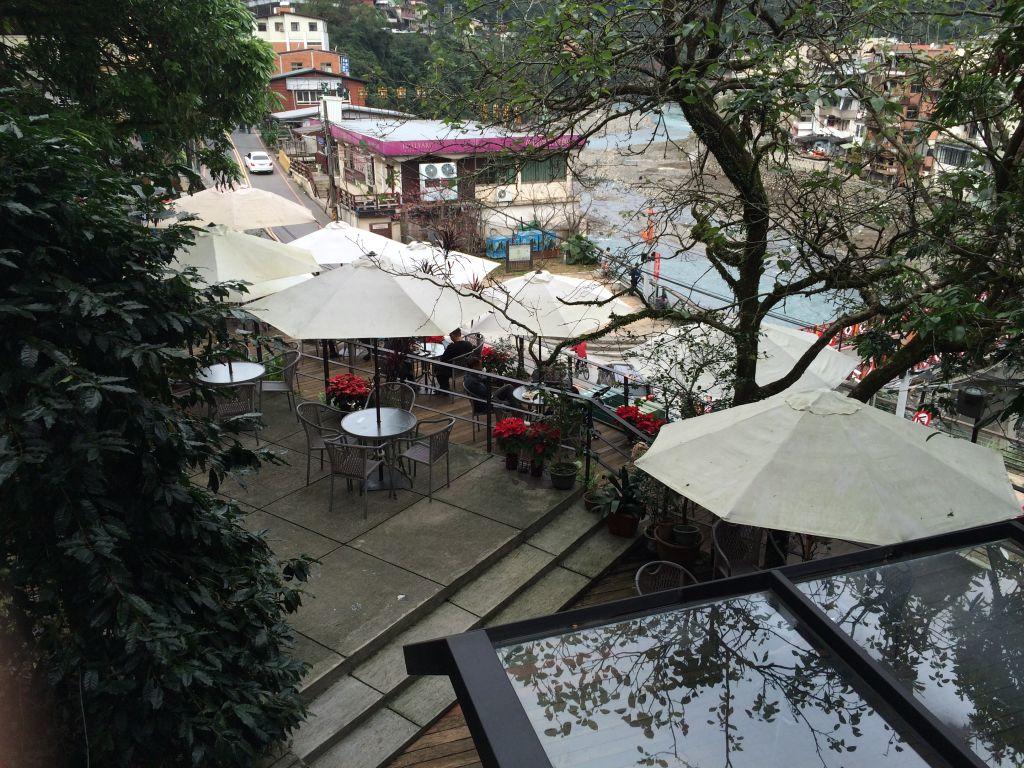 台湾の風景が見下ろせるカフェ