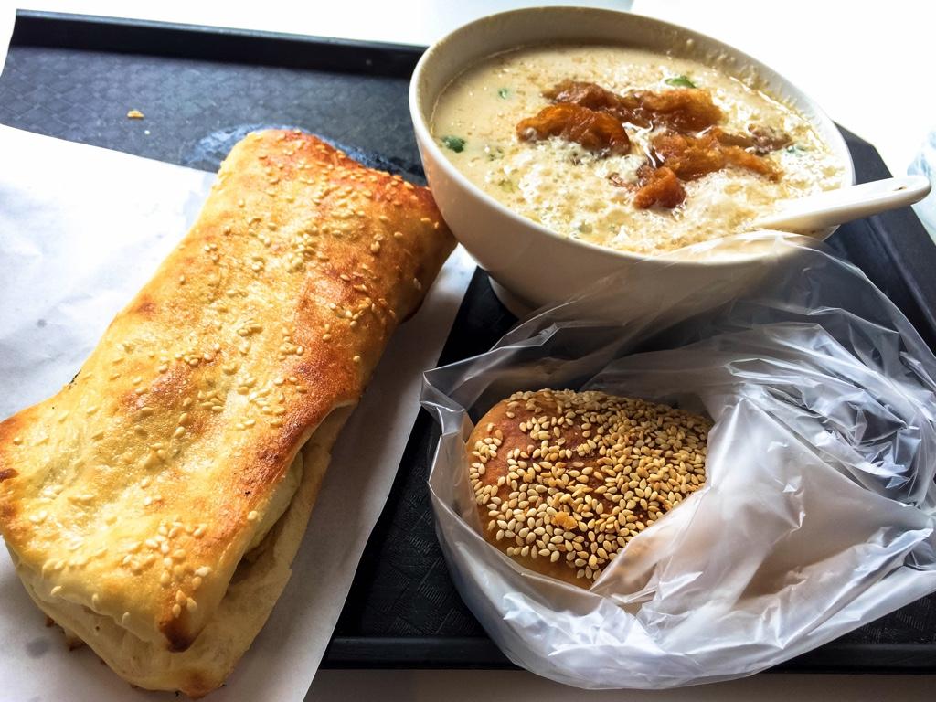 阜杭豆漿の朝ご飯