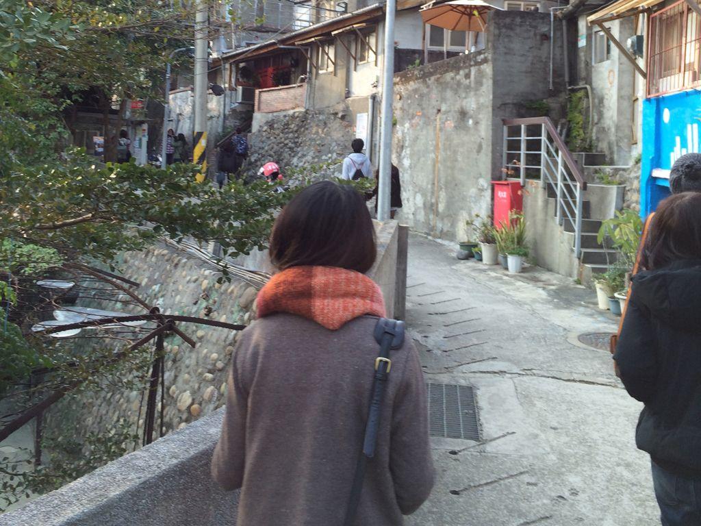 台湾人女性の後ろ姿