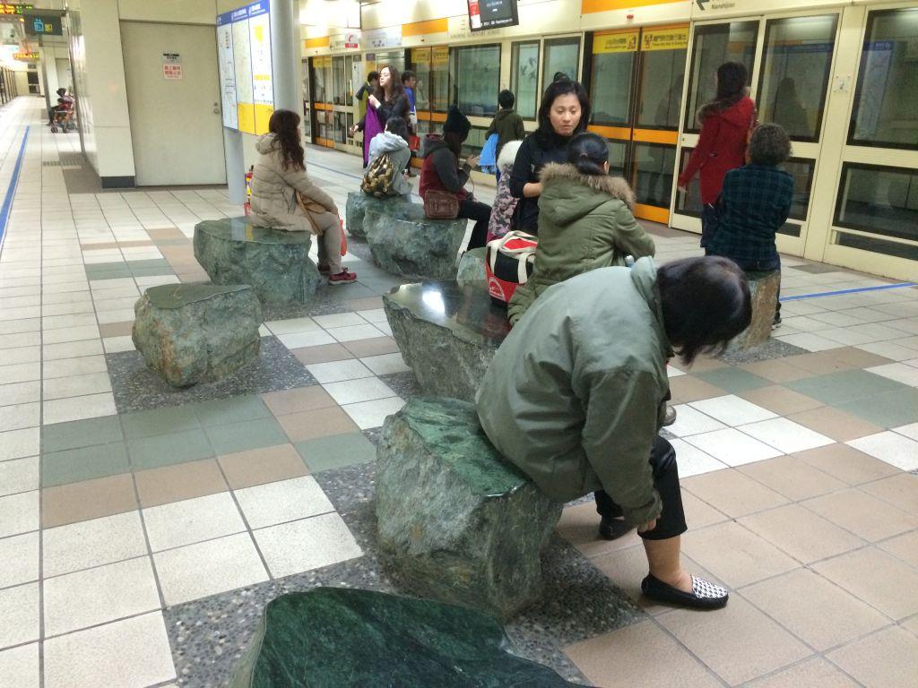 台北の駅の中
