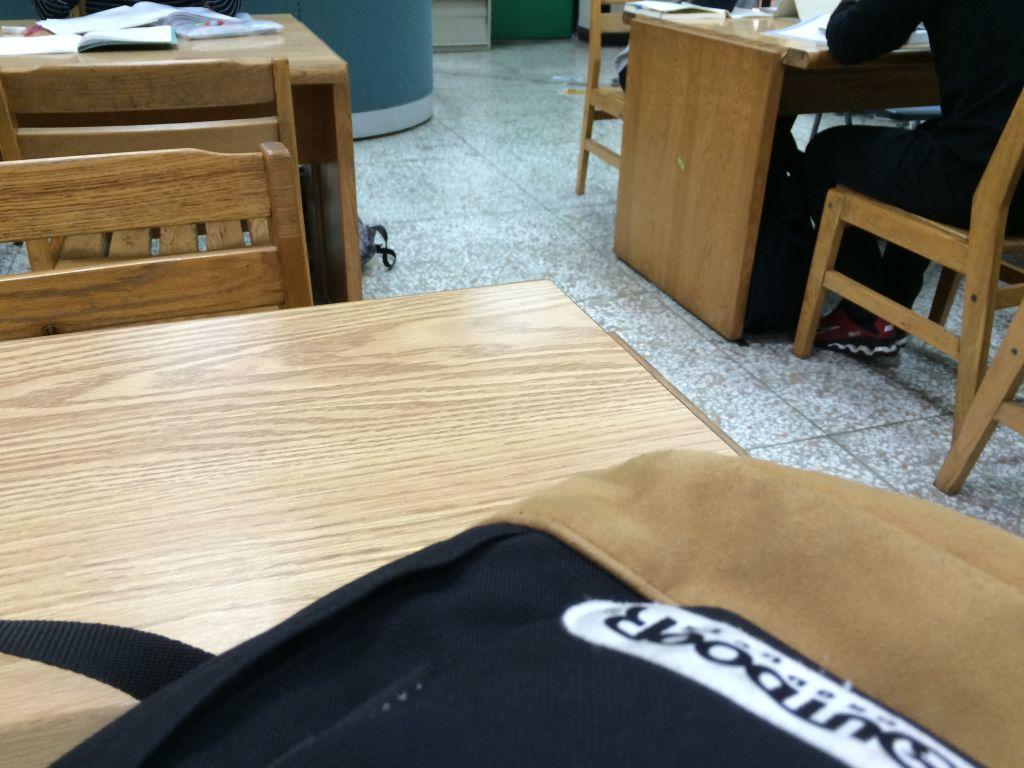 台湾師範大学の図書室