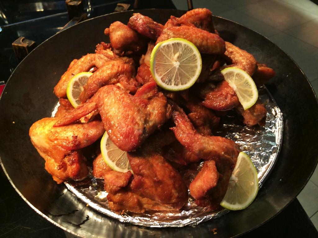 揚げた鶏肉