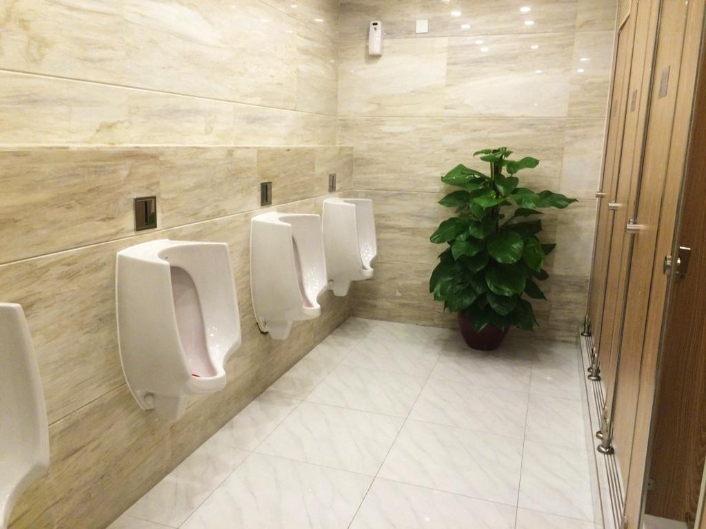 广场のトイレ