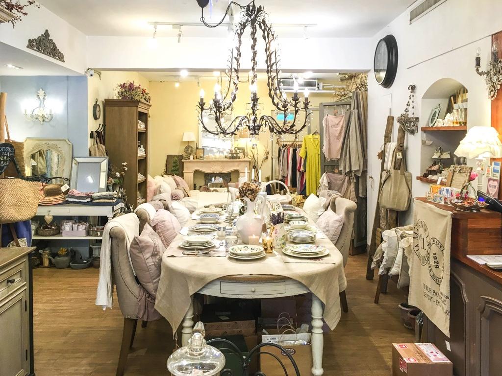 小普羅旺斯(Petite Provence)店内