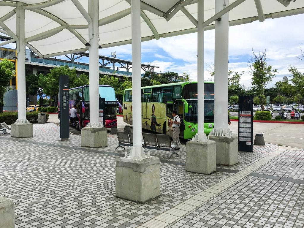 嘉義新幹線駅付近のバス乗り場