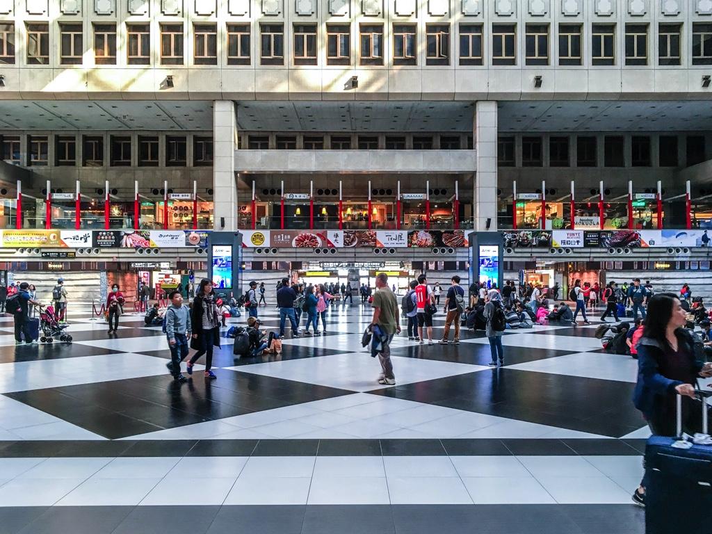 台北駅1階