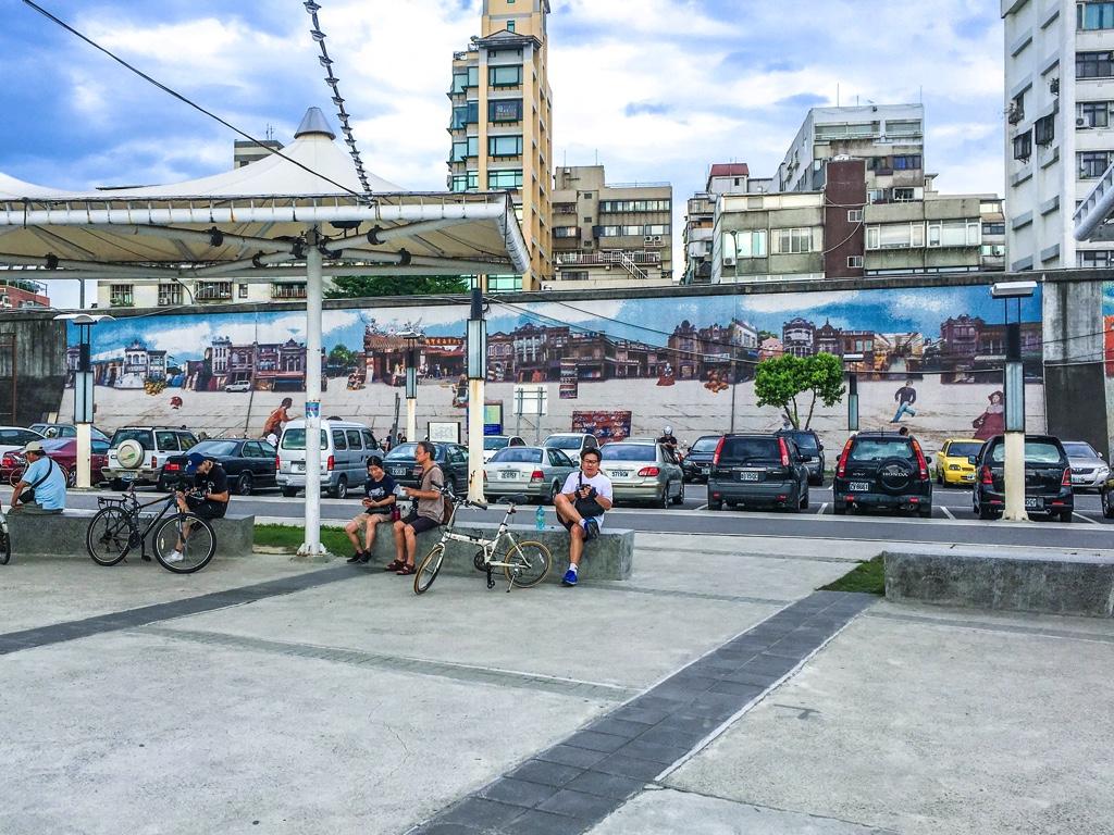 台湾の街並みの風景画