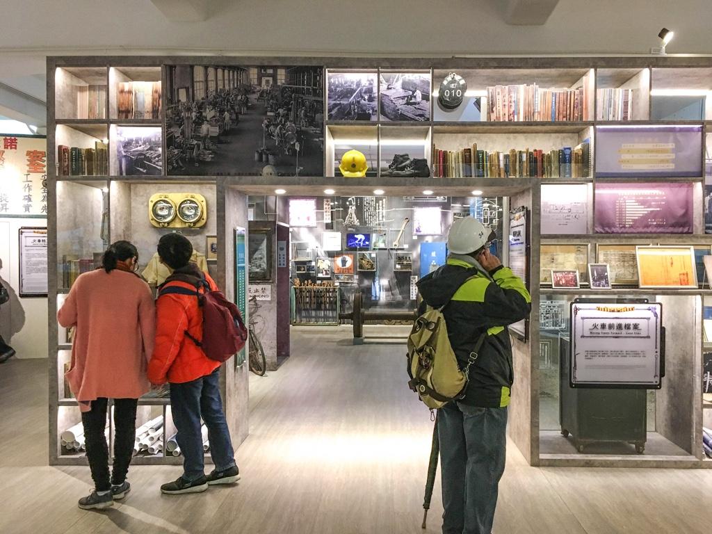 台北鉄道工場内で行われている展示