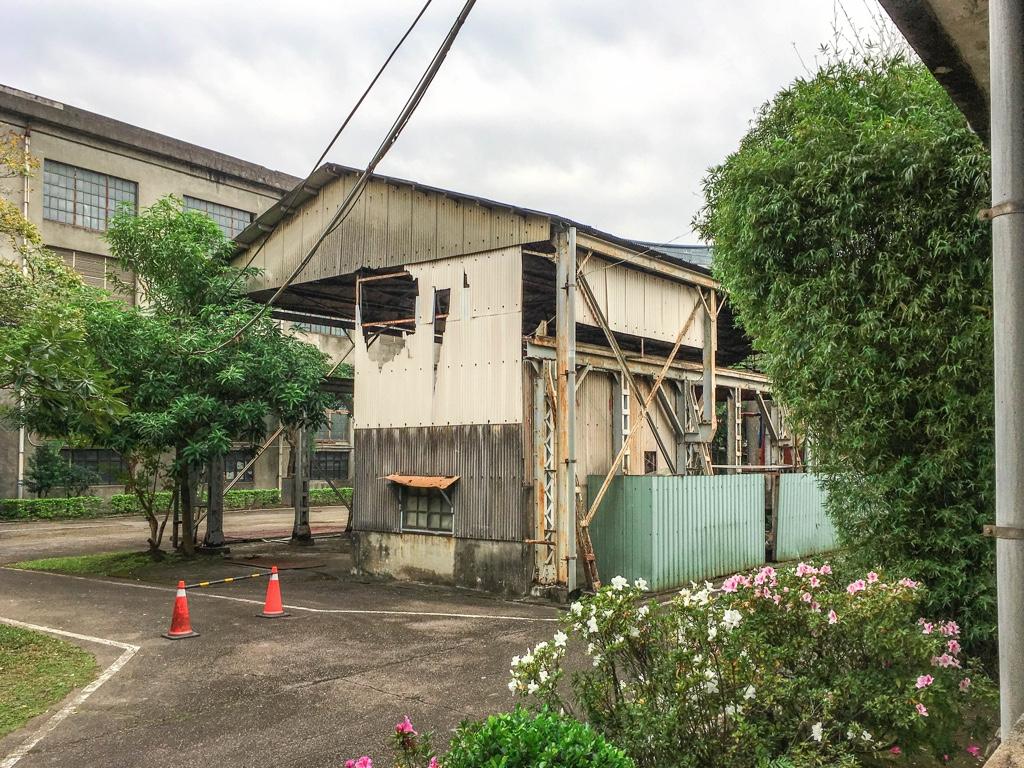 修復中の建物