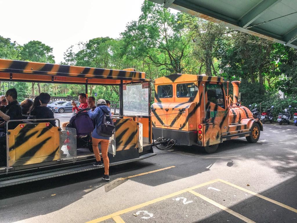 台北市立動物園の園内列車