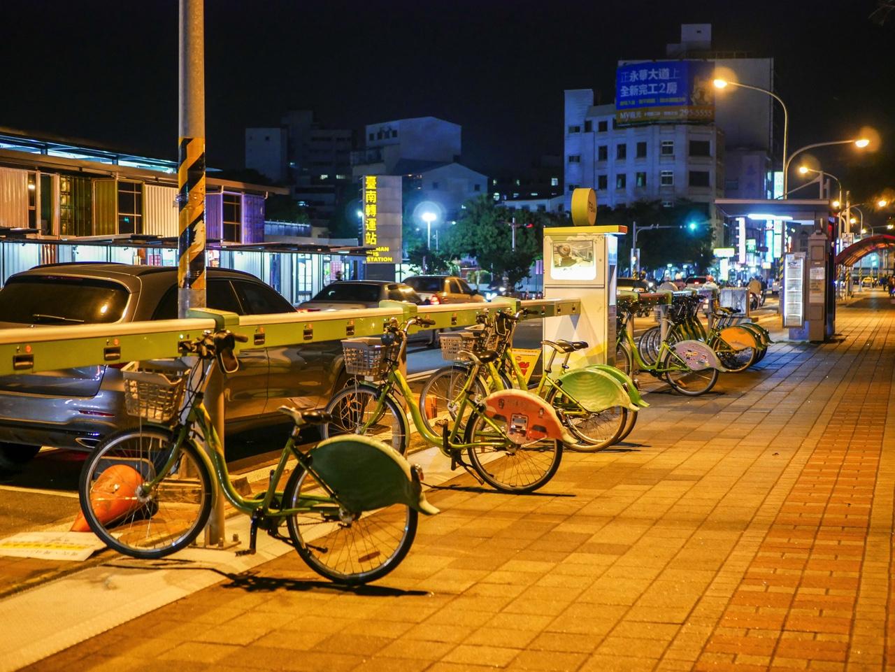 台南バスターミナル向かいのT-Bikeステーション