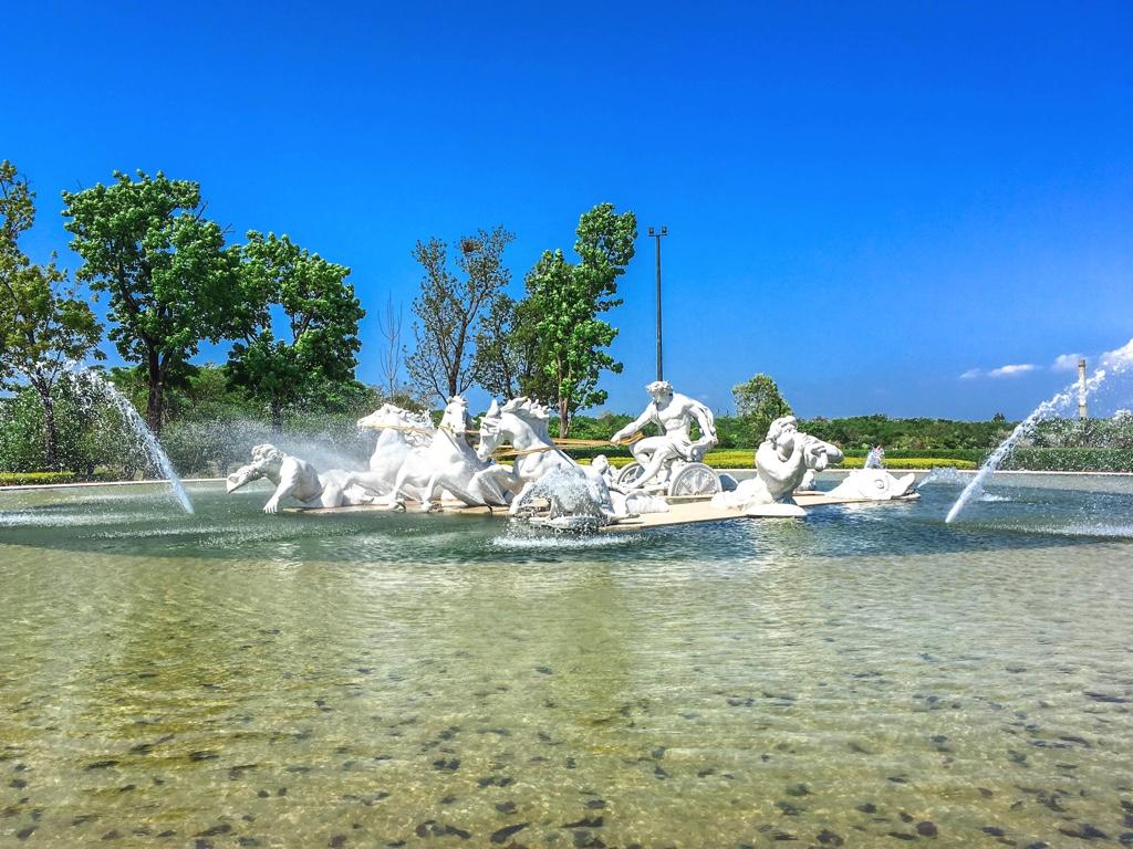 アポロン噴水広場