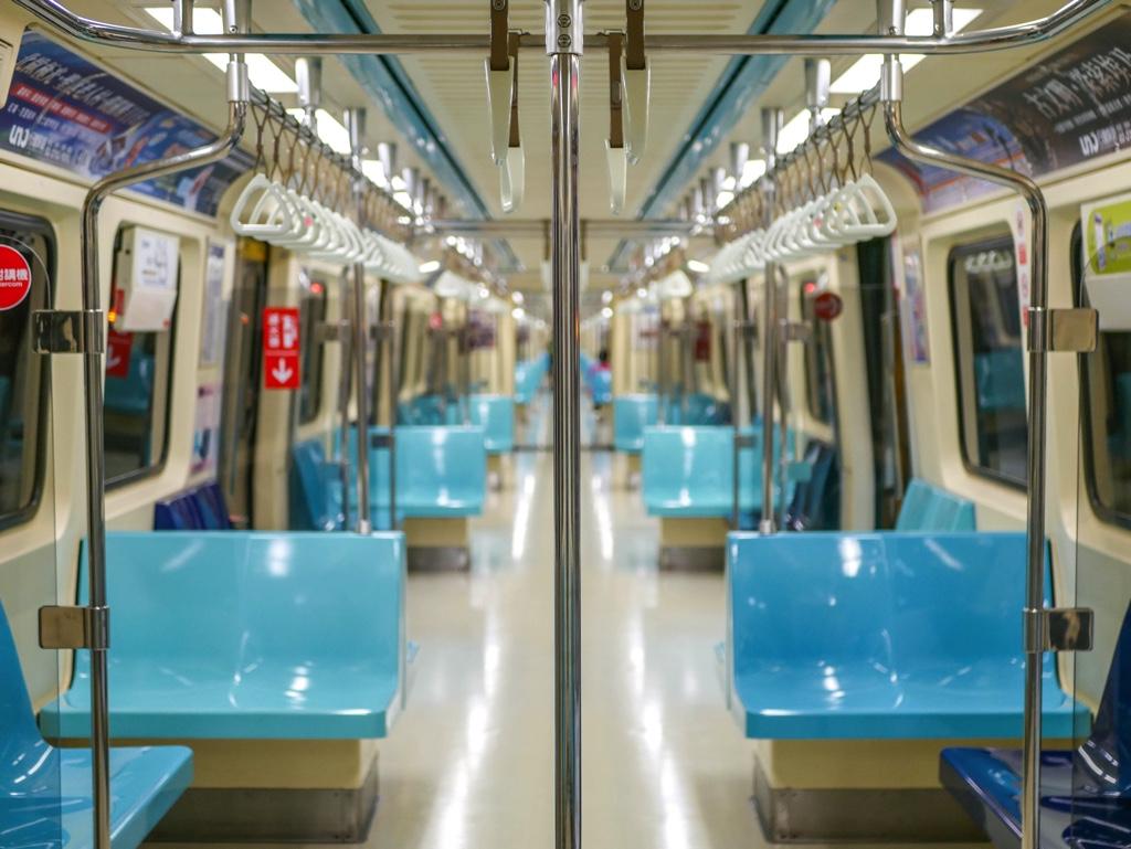 台北MRT車内