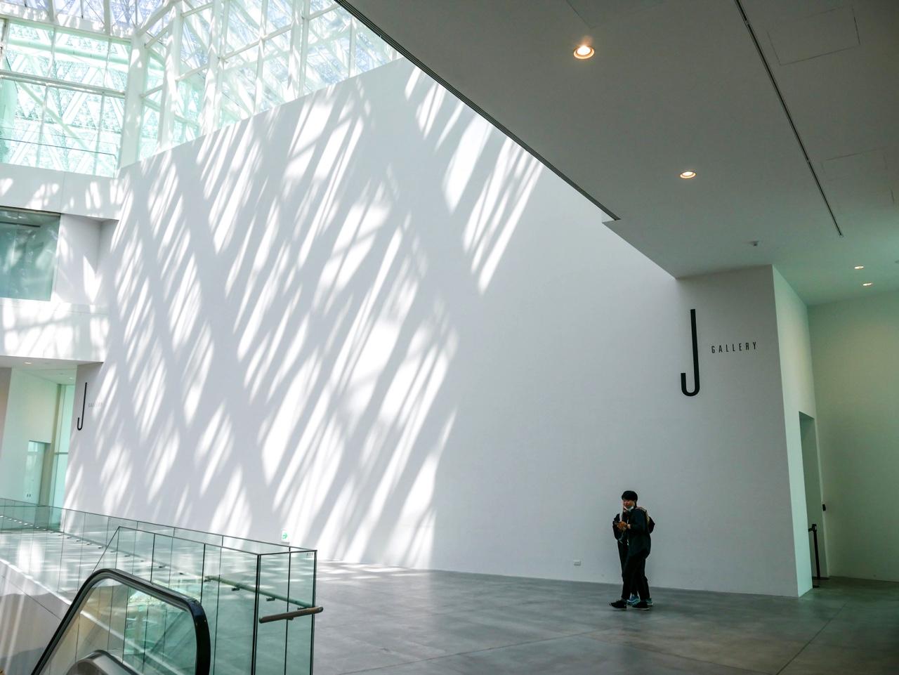 臺南市美術館2館の内部01