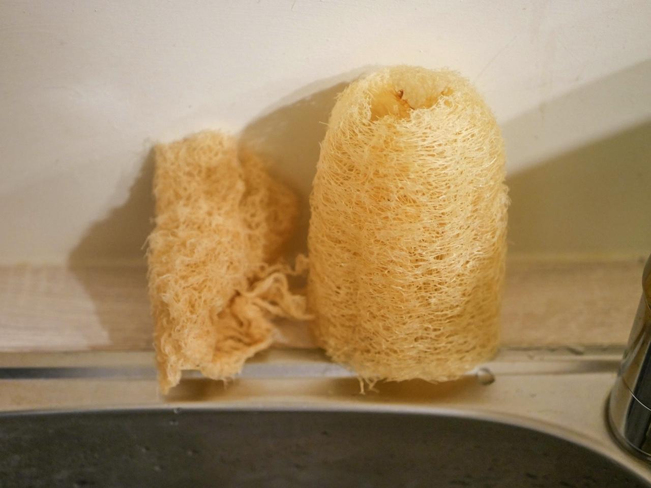 使用して半年経過した菜瓜布と使い始めの菜瓜布